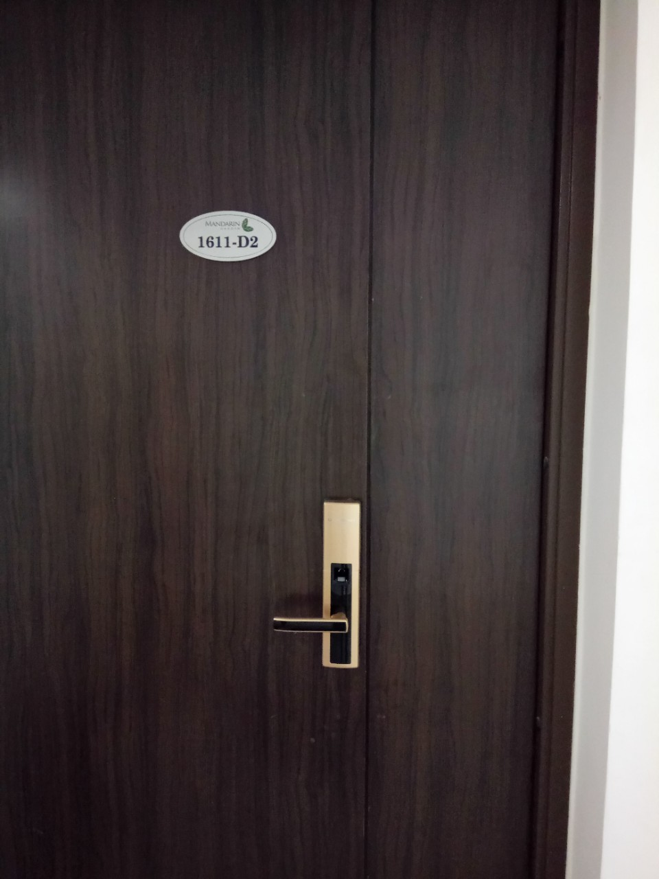 khóa cửa dessmann S510 vàng - Mandarin Hòa phát